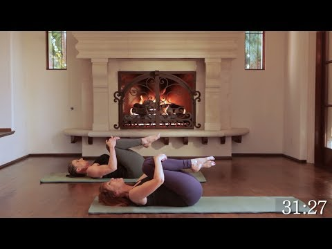 35 Min Full Body Pilates // Abs Core Glutes Legs Thighs